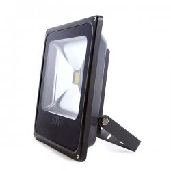Foco Proyector Led para Exterior 50W 3500lm 30.000H ECOLINE