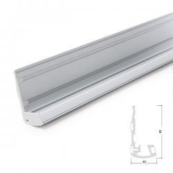 Perfíl Iluminación Escaleras - Gomas Antideslizantes - Difusor Opal - Tira 1 M